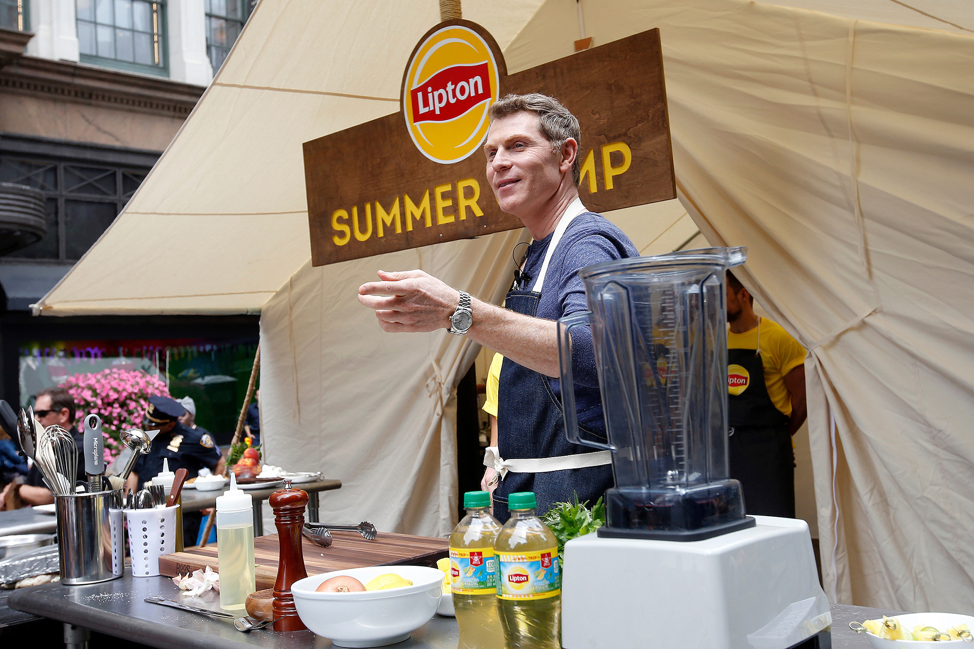 Bobby Flay Has an Important Message About the Type of Grill You Should Buy