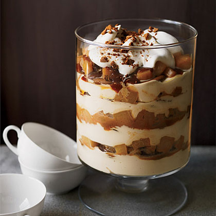holiday pear cheesecake trifle