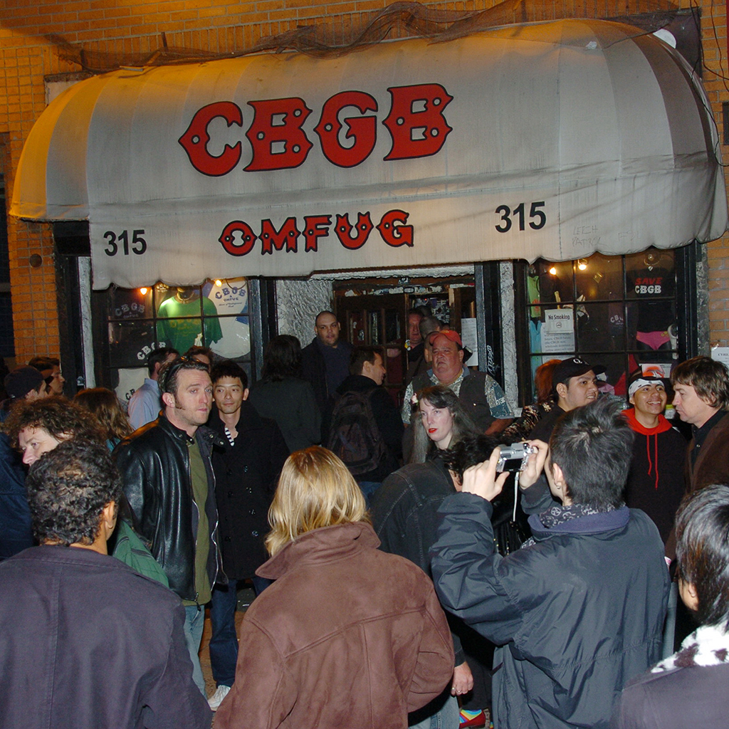 CBGB TO BECOME AIRPORT RESTAURANT FWX