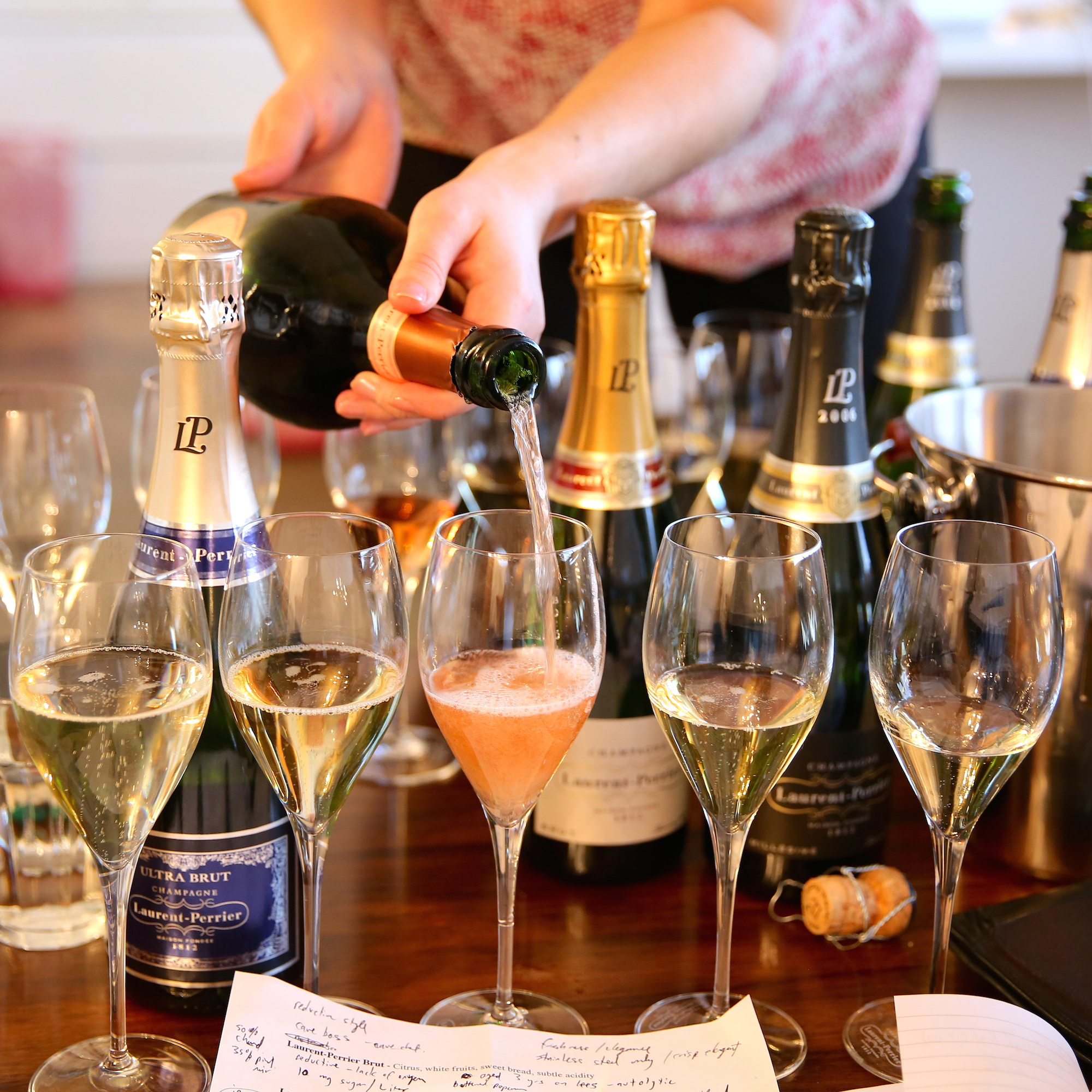 CHAMPAGNE AND BEER PAIRING FWX