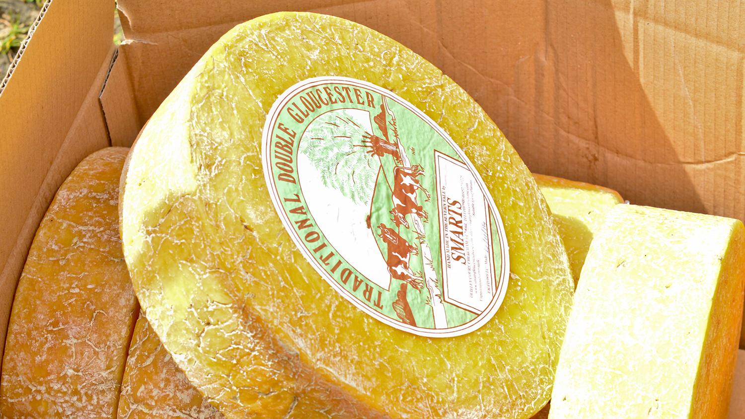 Watch This Englishman Tie a Record for Chasing Cheese Down a Hill