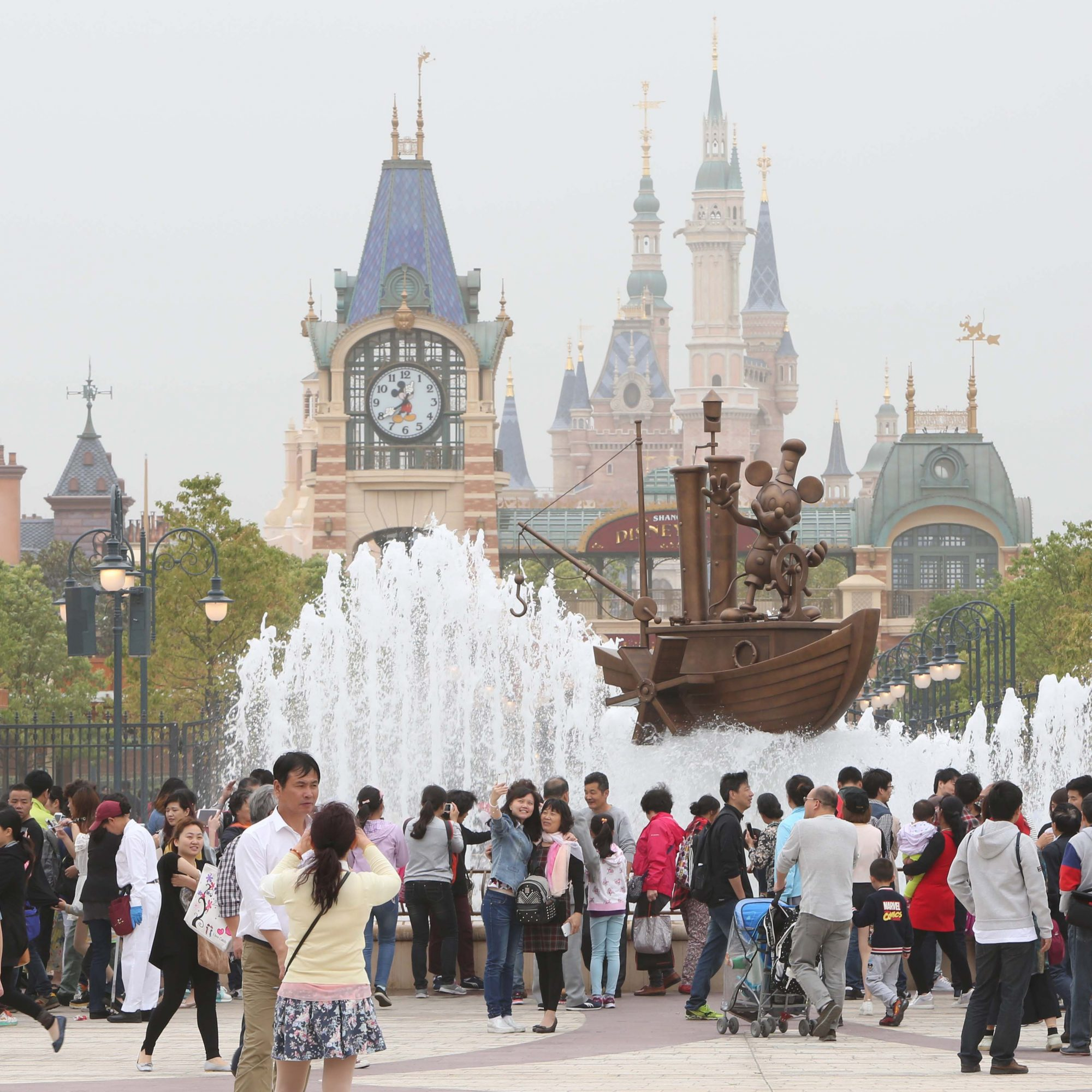 Shanghai Disneyland Hasn\'t Even Opened Yet and People Are Already ...