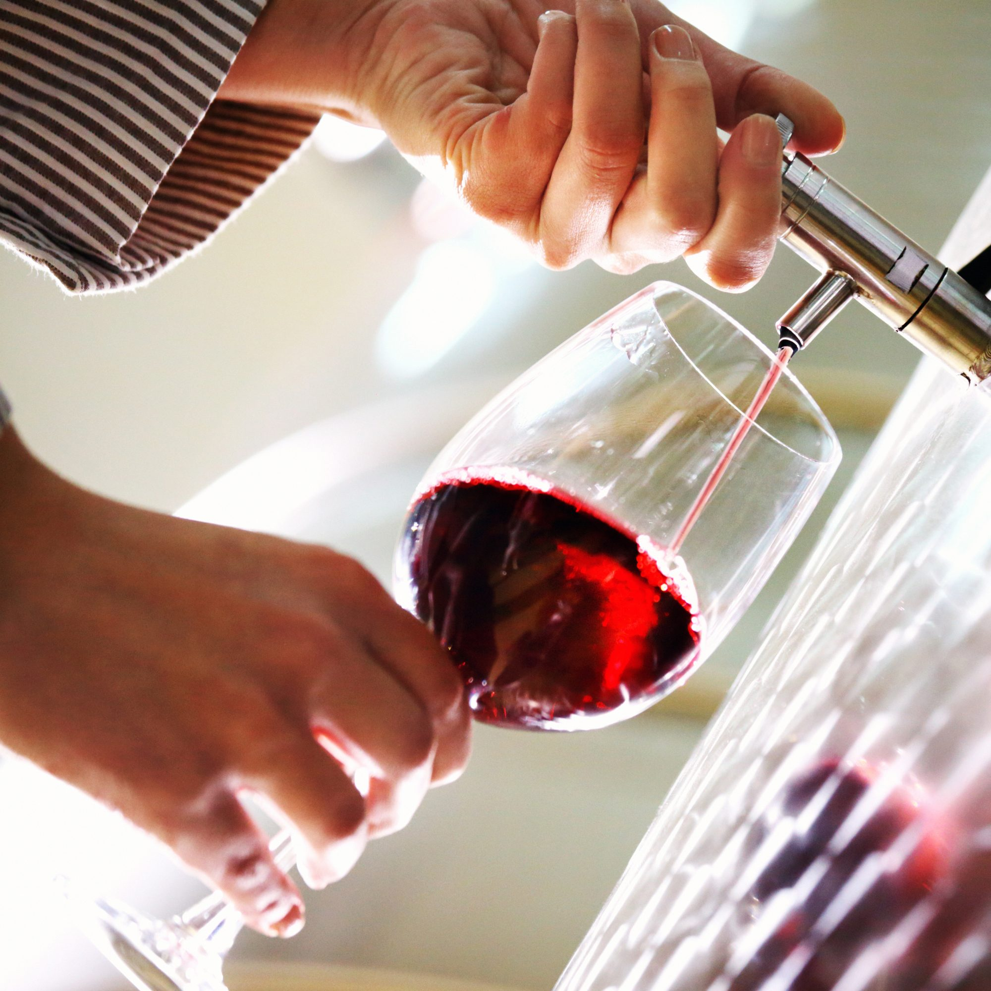 free-wine-fountain-fwx