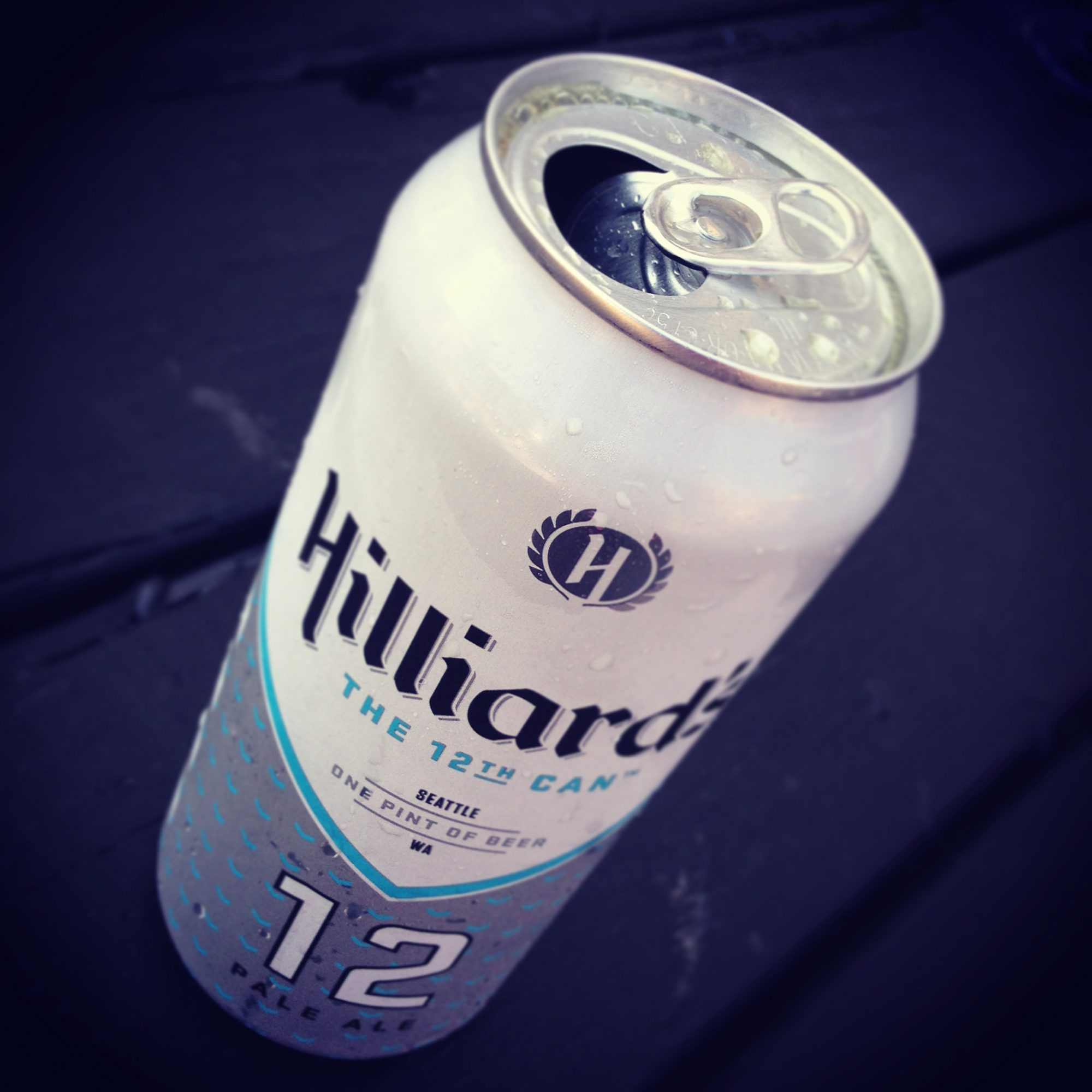 FWX 12TH CAN SEAHAWKS BEER