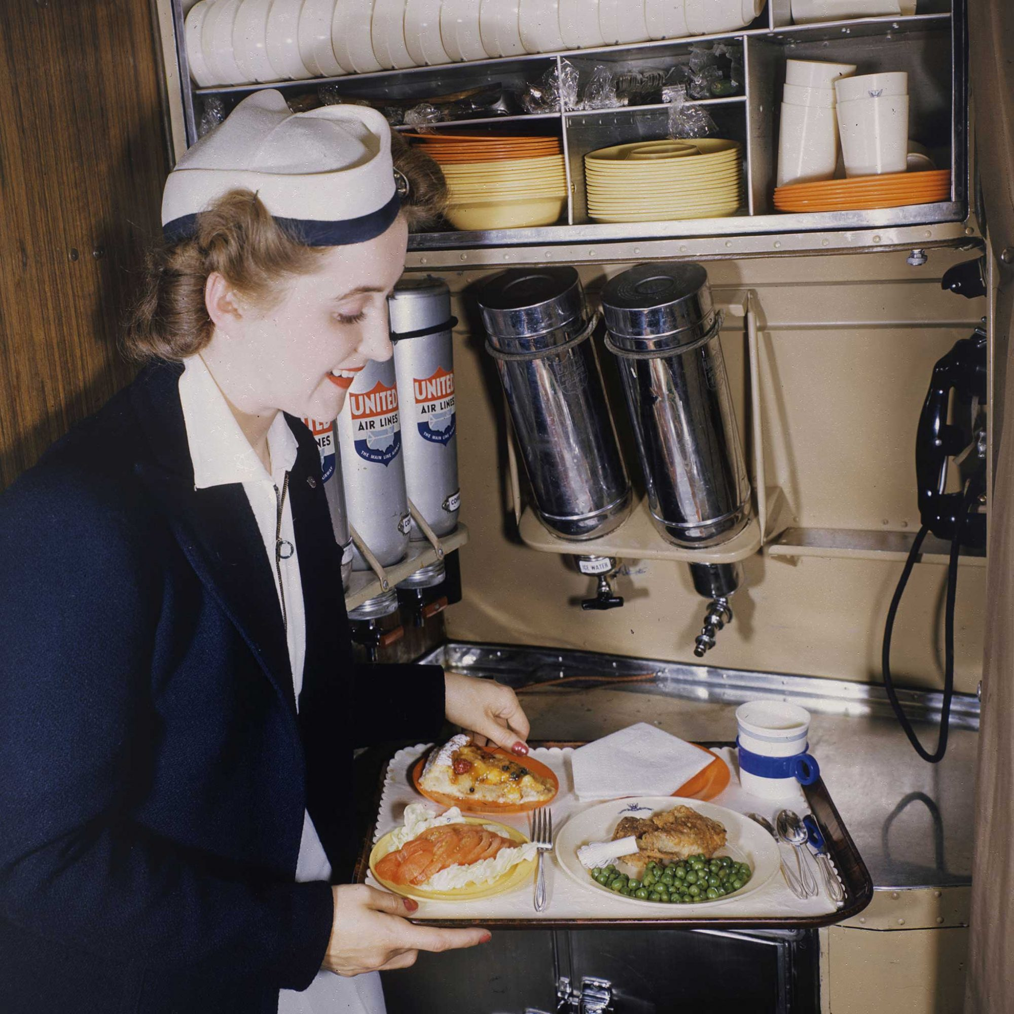 FWX AIRLINE FOOD DELIVERY_0