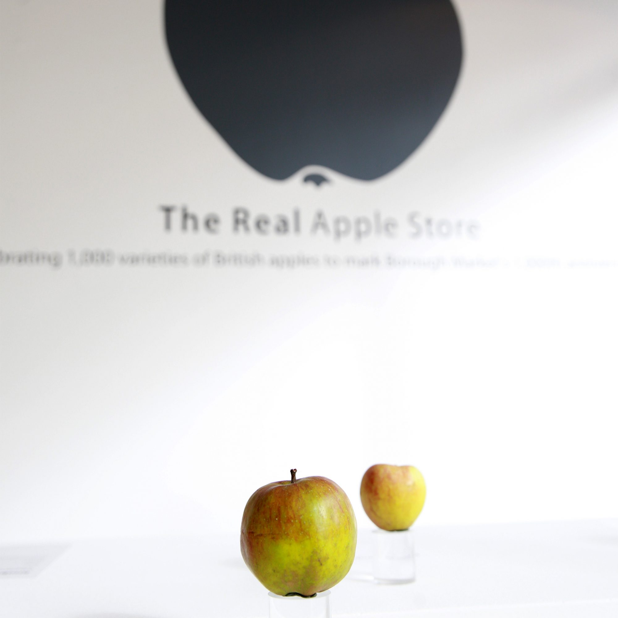London's Real Apple Store Had Fruit, Not iPhones