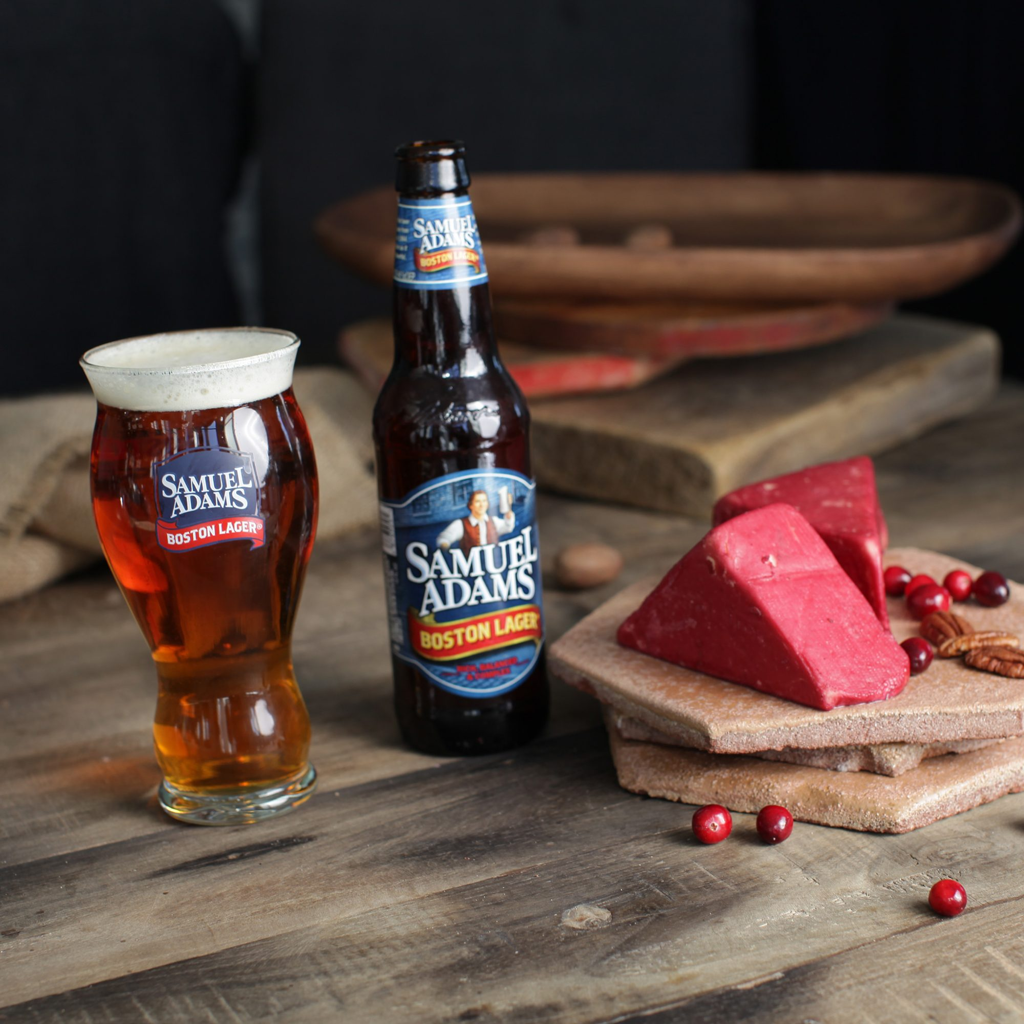 How to Make Bacon Beer-Soaked Cheese and More Surprisingly Fantastic Beer-Flavored Cheeses