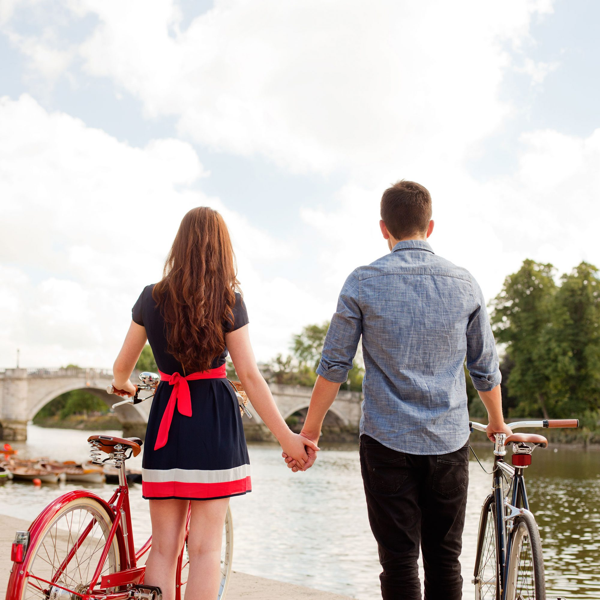 FWX BEST DATING APPS FOR TRAVELLERS