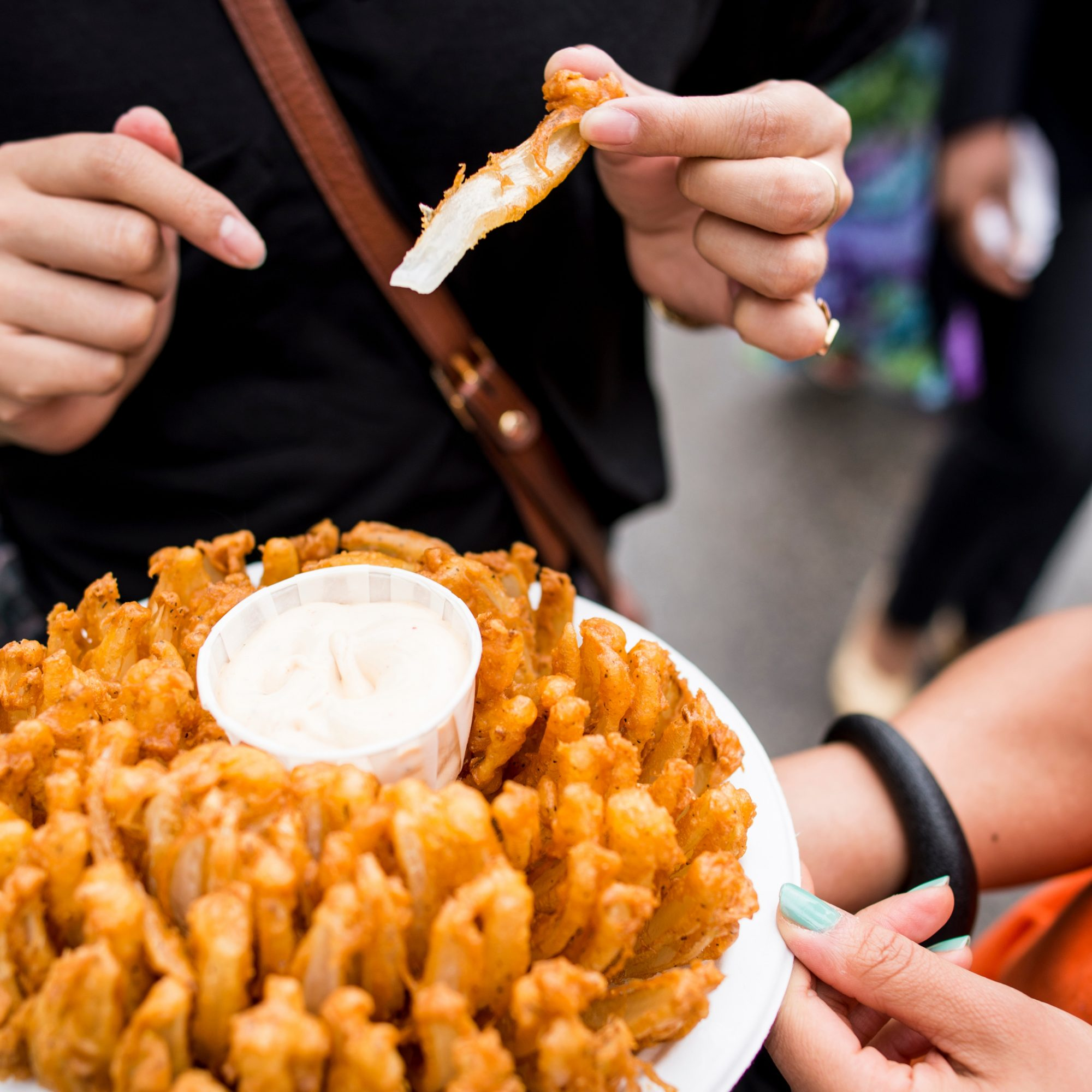 FWX BLOOMING ONION