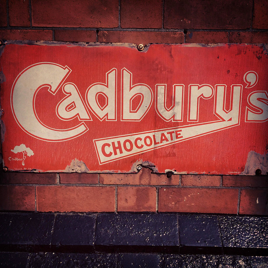 FWX CADBURY SPECTACULAR 7 BAR