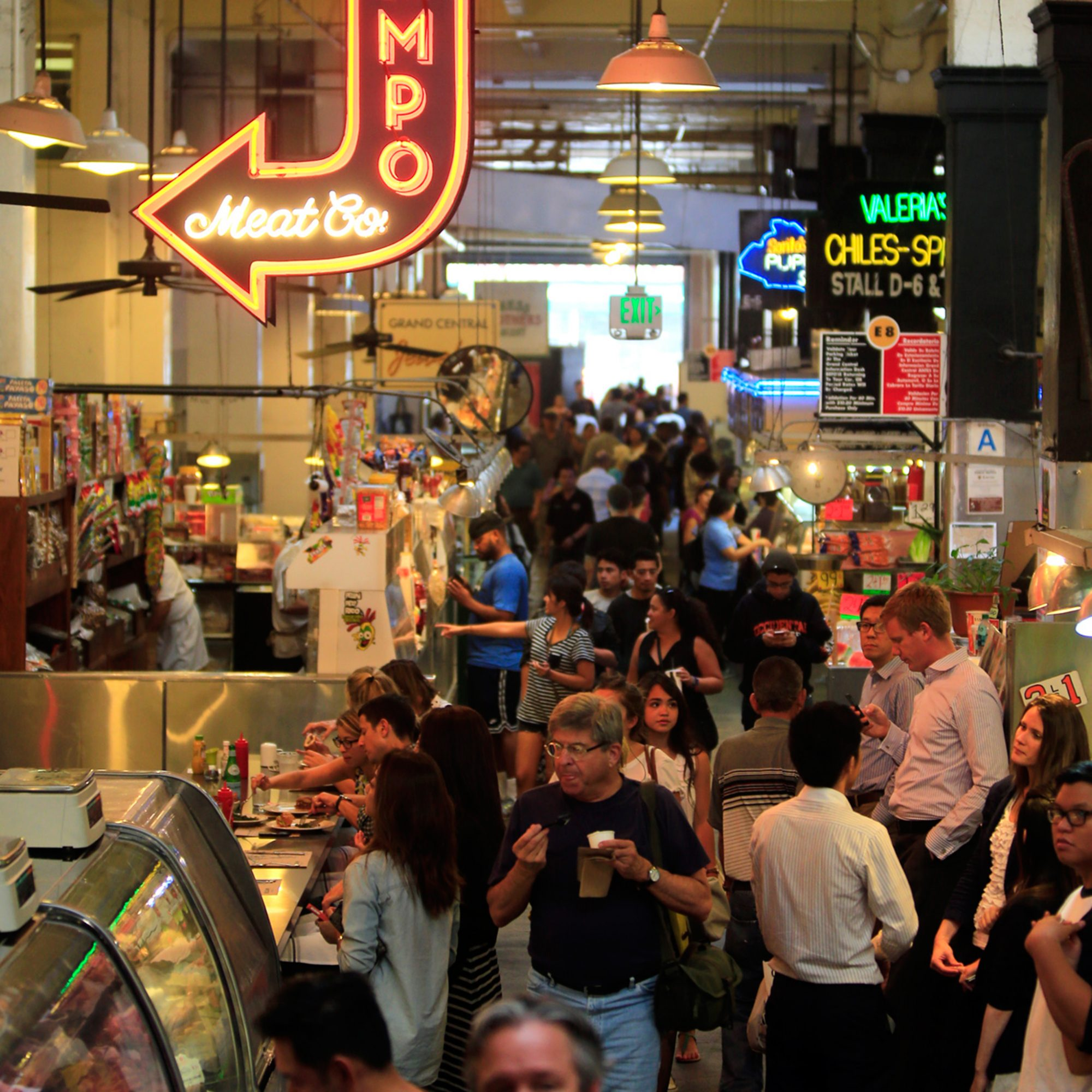FWX EAT LIKE A NEW YORKER GRAND CENTRAL MARKET