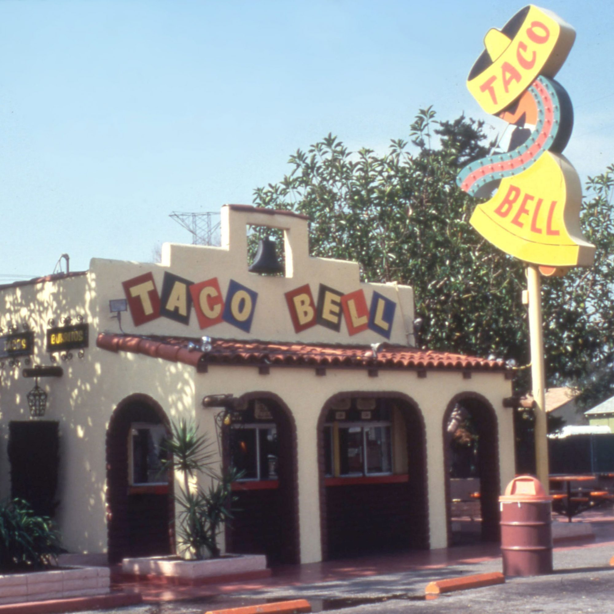 FWX FIRST TACO BELL_0
