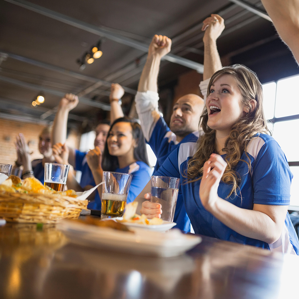 FWX FOOD TASTES BETTER WHEN YOUR TEAM WINS