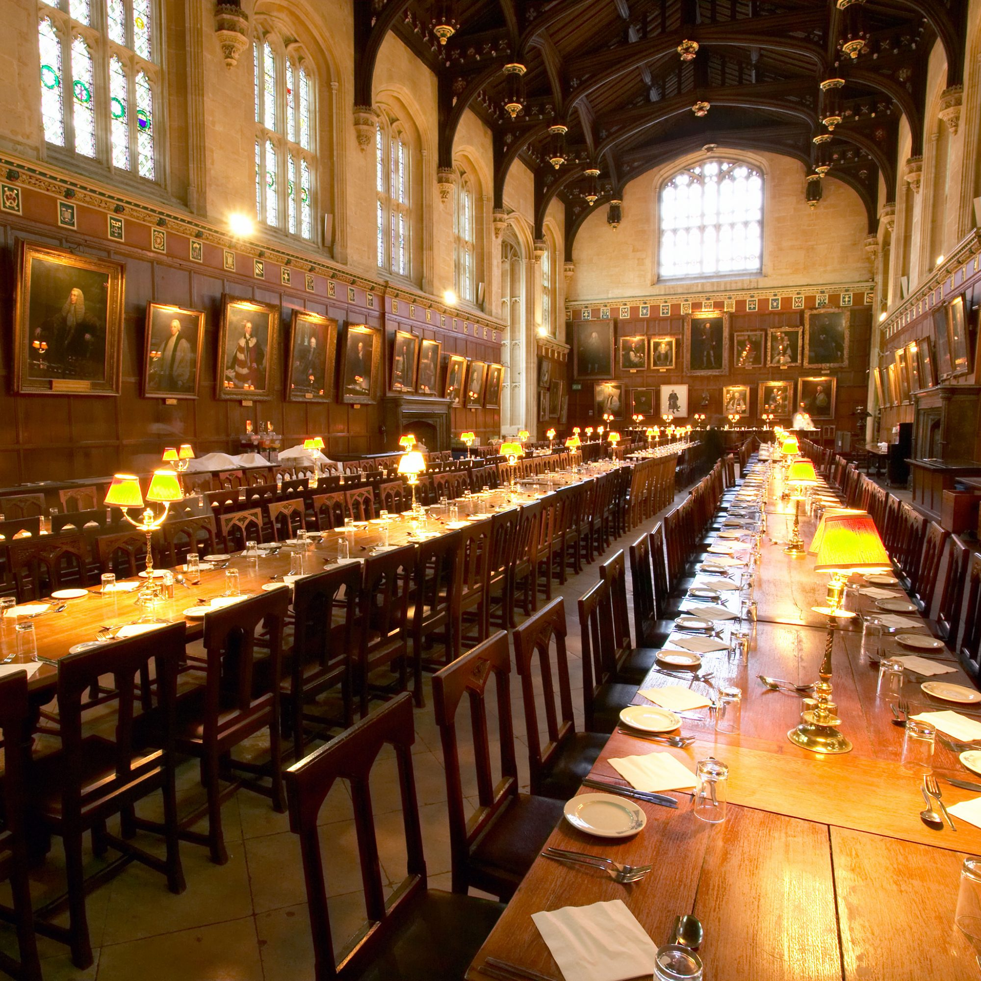 FWX HOGWARTS CHRISTMAS DINNER