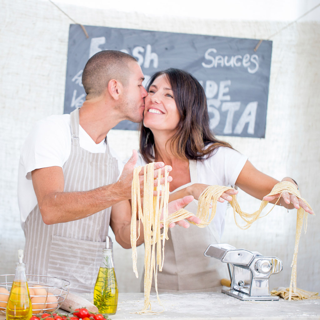 7 Ways to Ruin a Romantic Cooking Class for Two