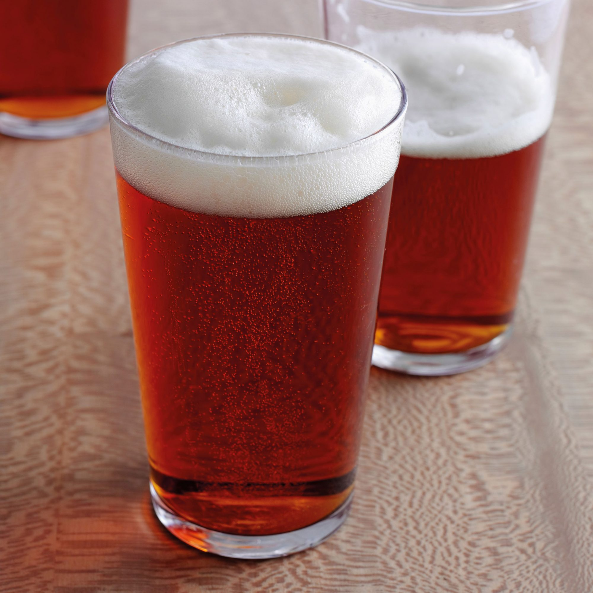 A Beer a Day May Help Men Make Babies