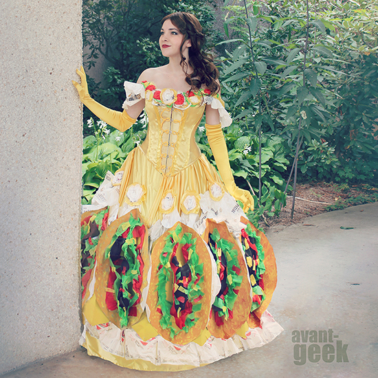FWX KITCHEN TRASH TACO BELLE DRESS