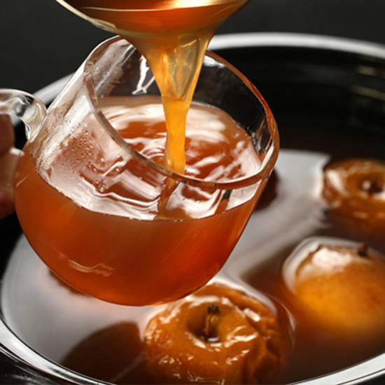 FWX LIQUOR SLOWCOOKER COCKTAILS SPIKED WASSAIL
