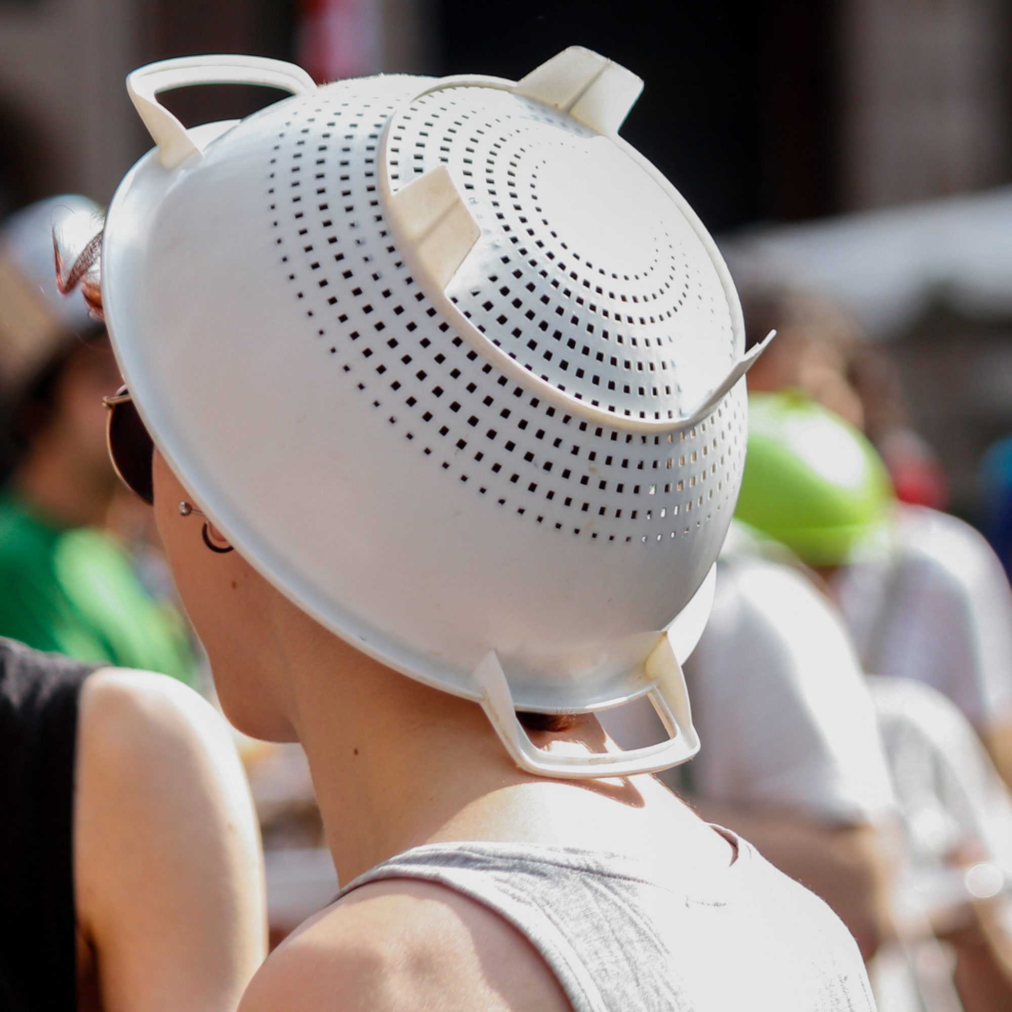 FWX MASS WEAR A COLANDER ON YOUR HEAD