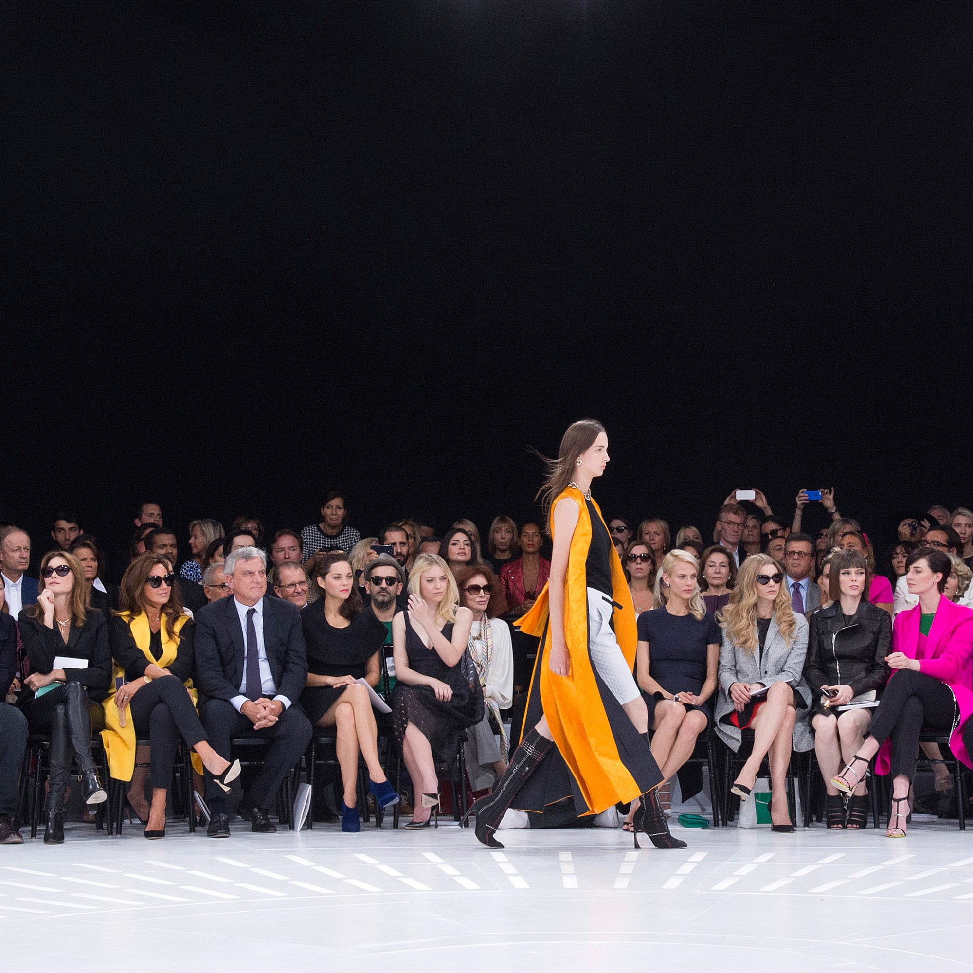 FWX PARIS FASHION WEEK_0