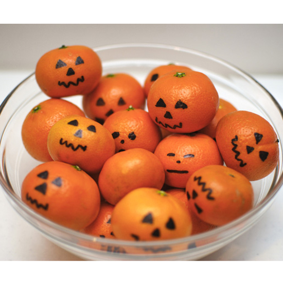 31 Things You Should Never Give Out to Trick-or-Treaters