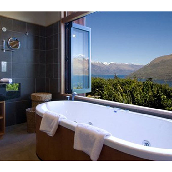 Best Regular Tub: Azur (Queenstown, New Zealand)