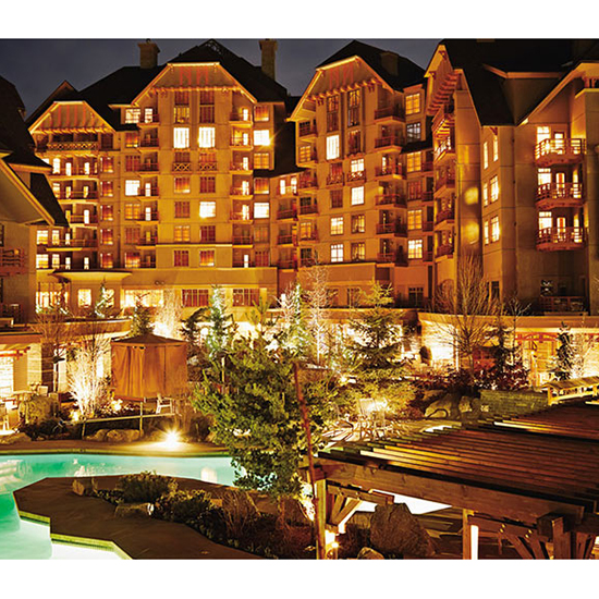 Best Hot Tub: The Four Seasons Resort (Whistler, Canada)