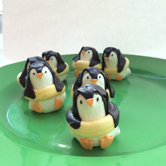 FWX PENGUIN MARSHMALLOWS 1