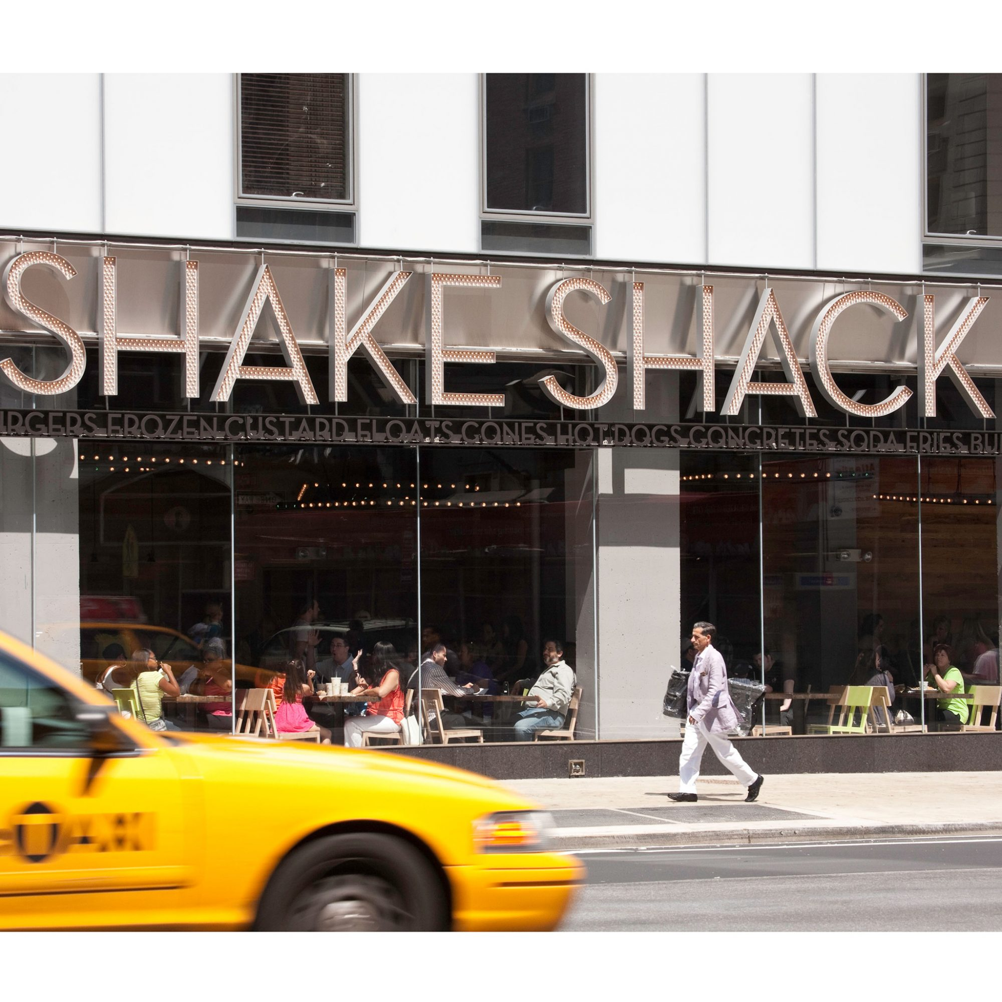 Shake Shack CEO Encouraged Employees to Give Out Lots of Free Stuff