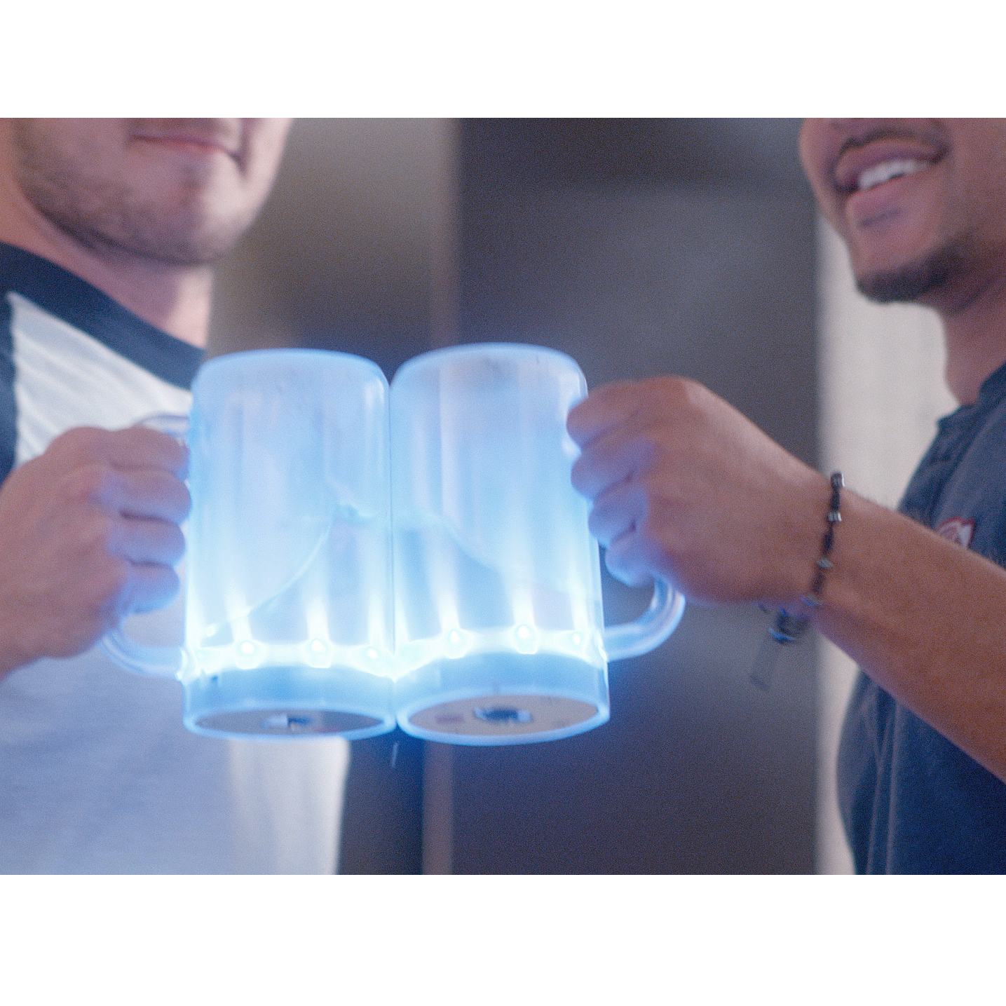 'Smart Beer Mug' Tells You When It's Empty, Can Call Cab at End of Night