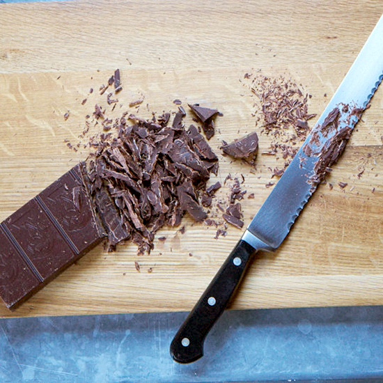 FWX SNIFFING CHOCOLATE