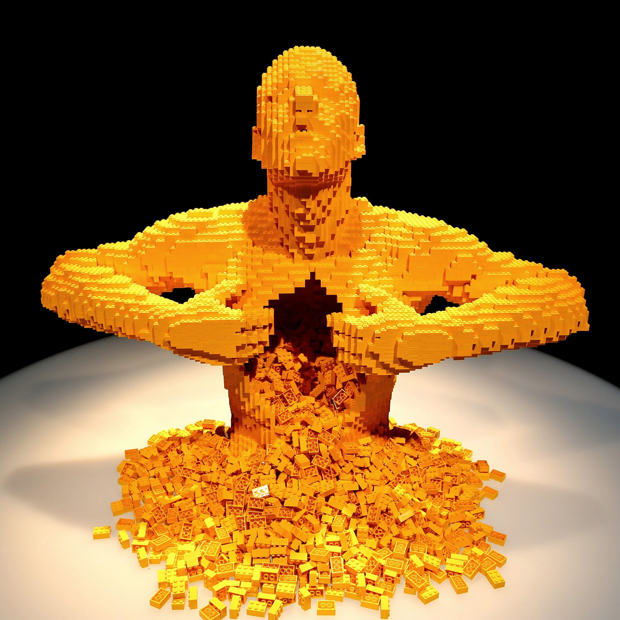 7 of the World's Most Impressive Works of Lego Art