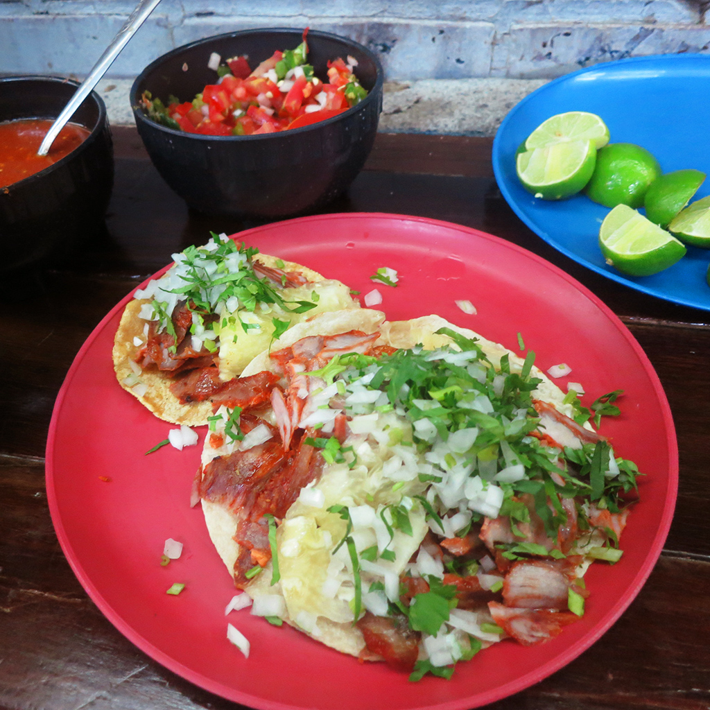 FWX TRAVEL GUIDES MEXICO CITY AL PASTOR AT EL VILSITO