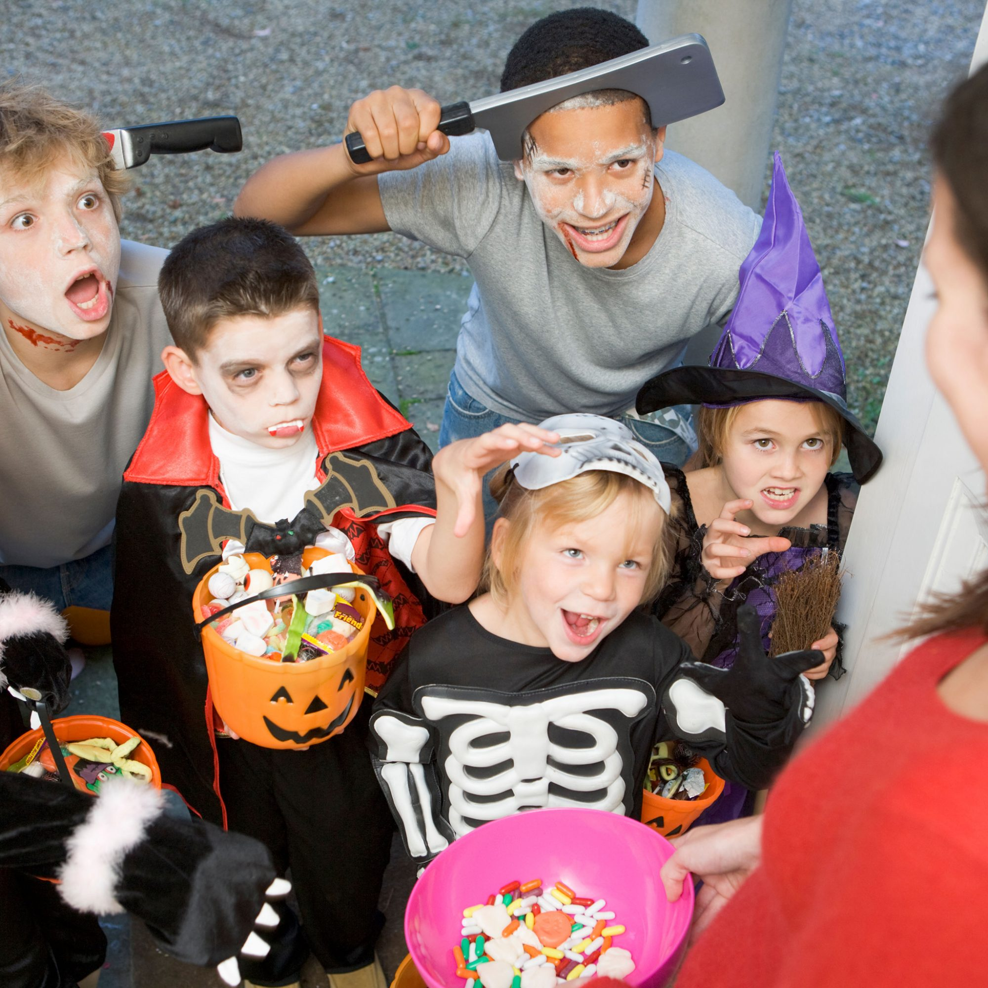 FWX TRICK OR TREATERS WONT BE SOLD EGGS