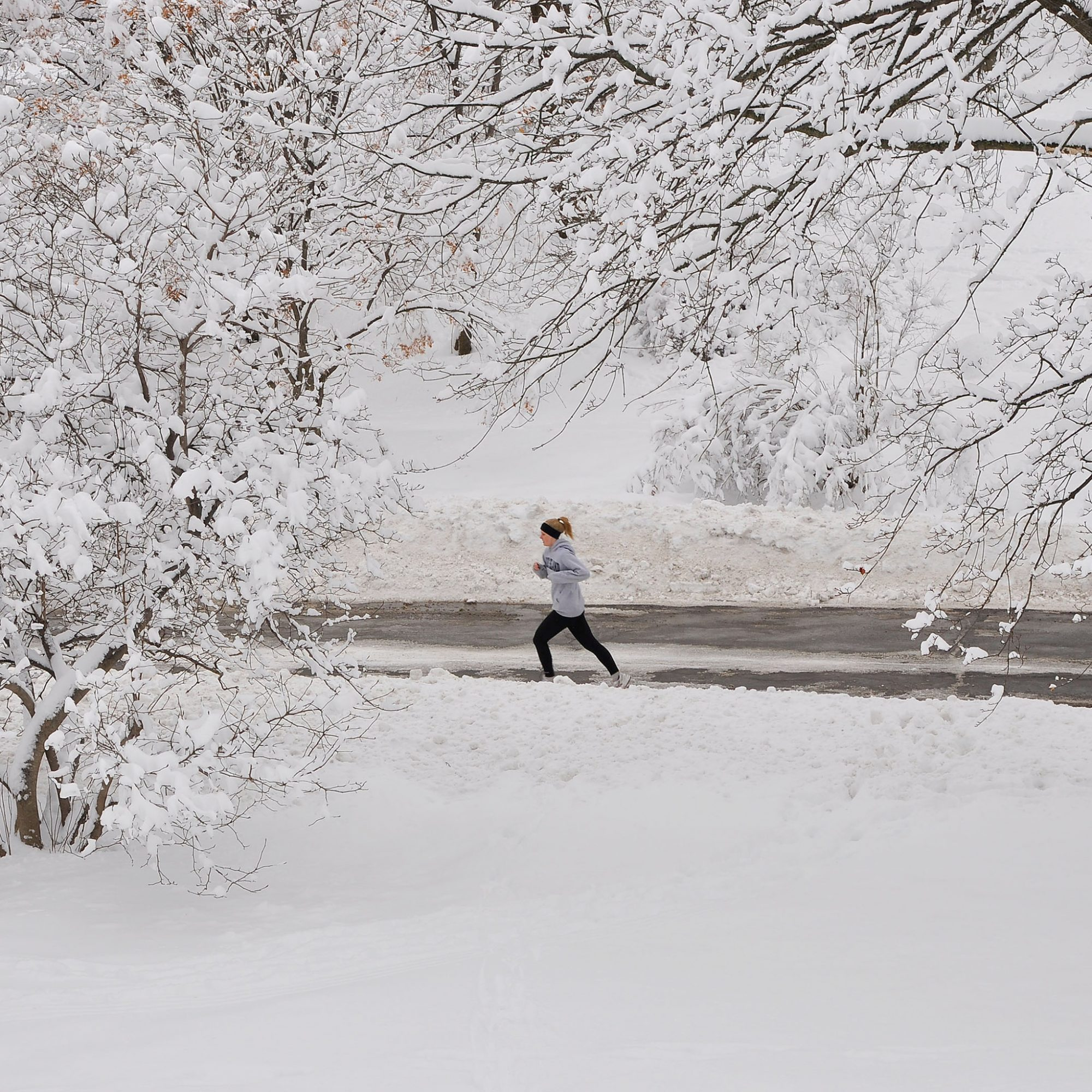 7 Ways to Keep Yourself Running This Winter