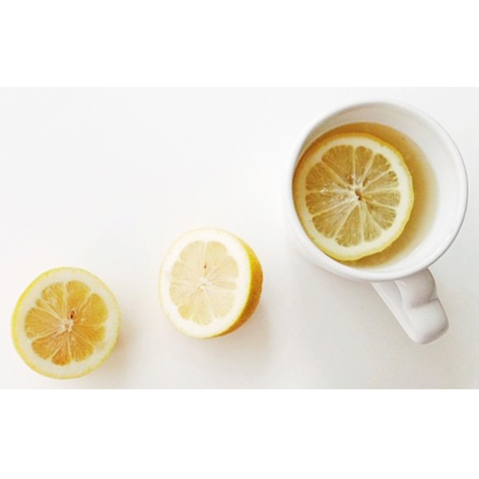 lemon-water-purewow-partner-fwx