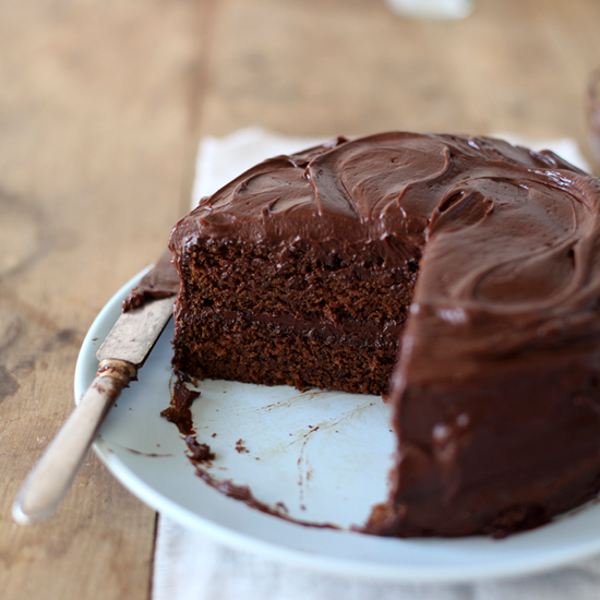 HD-201202-r-moms-chocolate-cake.jpg
