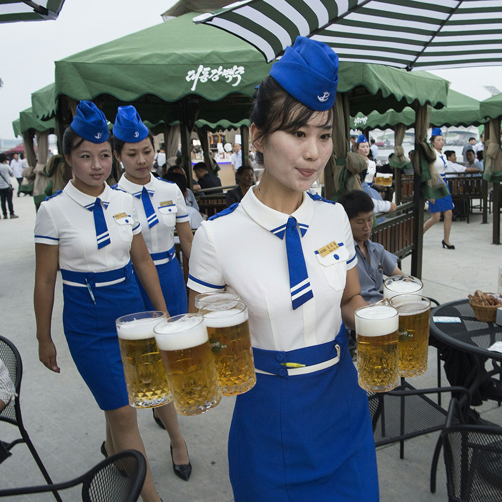 north-korea-beer-festival-fwx-2