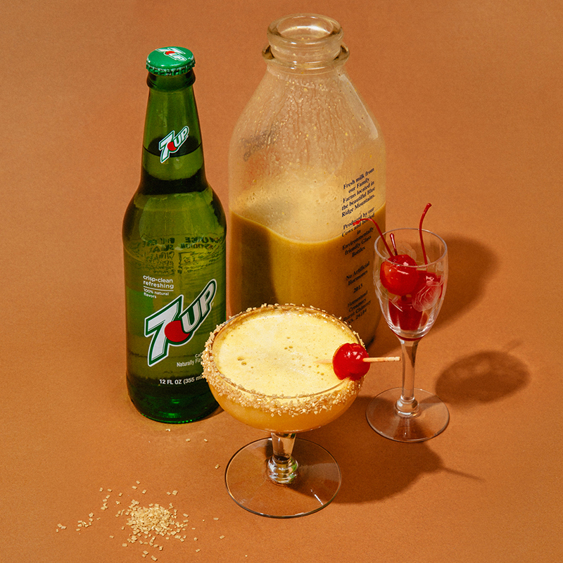 Eggnog With Advocaat Recipe: The Perfect New Year's Eve Cocktail: Snowballs
