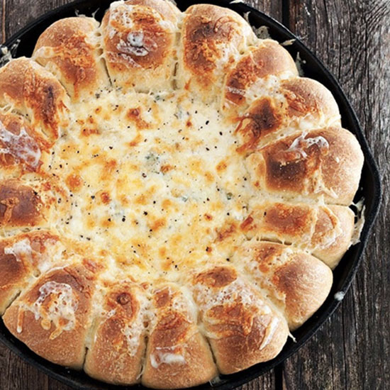 Warm Skillet Bread and Artichoke Spinach Dip