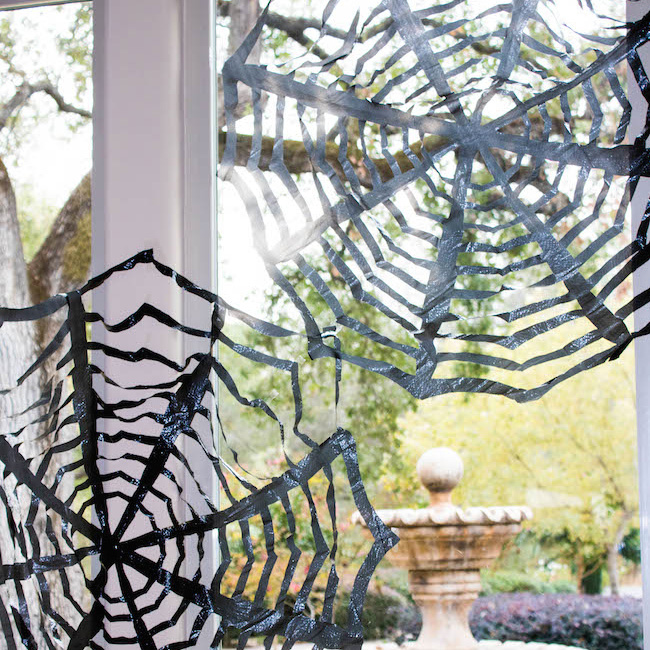 pinterest halloween craft trash bag spiderwebs