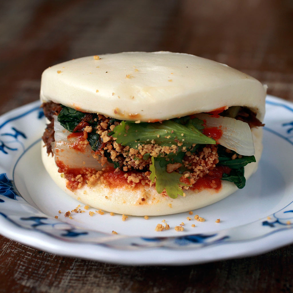 pork-bun-in-typhoon-fwx
