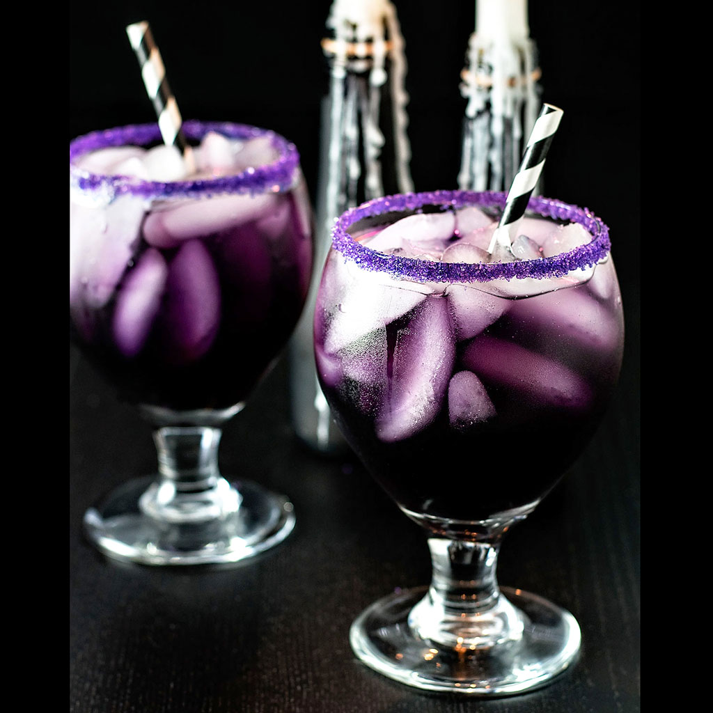 Halloween Drinks, Halloween, cocktails, Purple People Eater