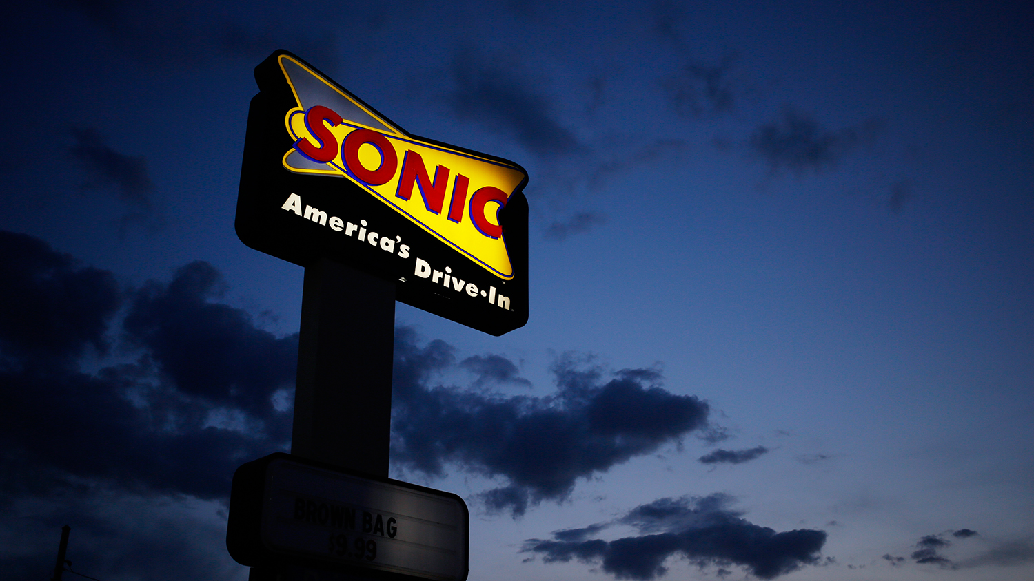 sonic fast food chain