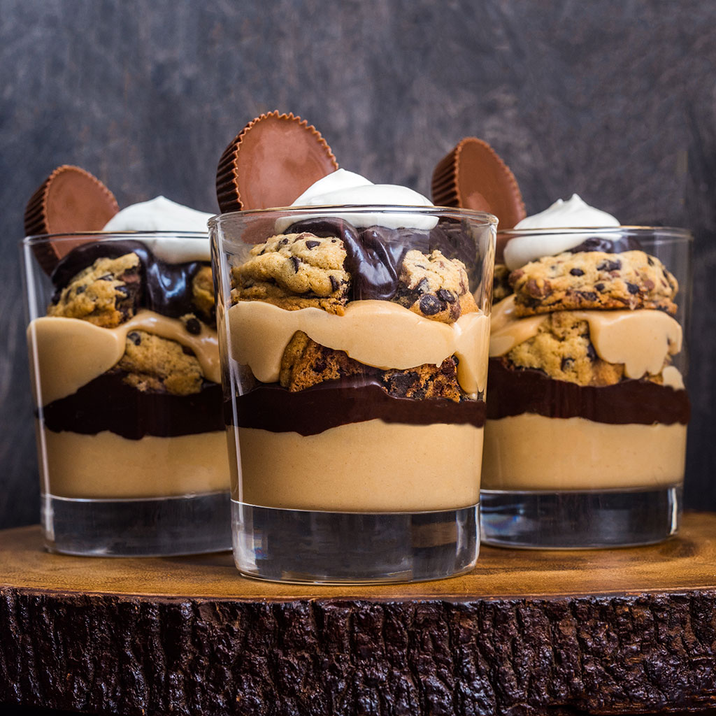 STACKED PEANUT BUTTER PARFAITS FWX