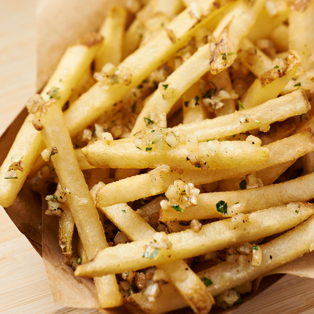 SUPER BOWL GARLIC FRIES FWX