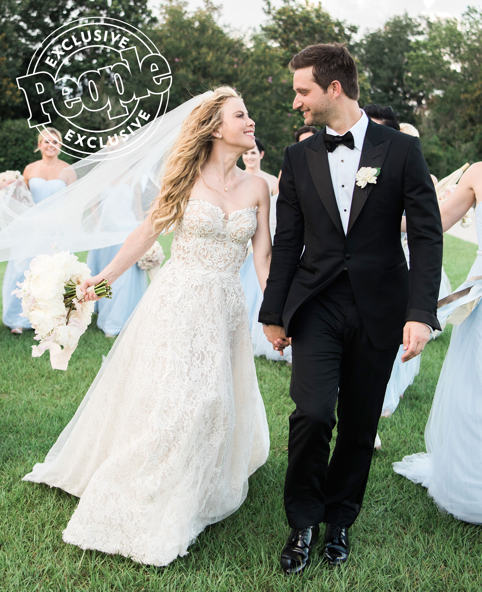 Check Out Tara Lipinski's Lavish 6-Tier Wedding Cake (with Real Roses!)