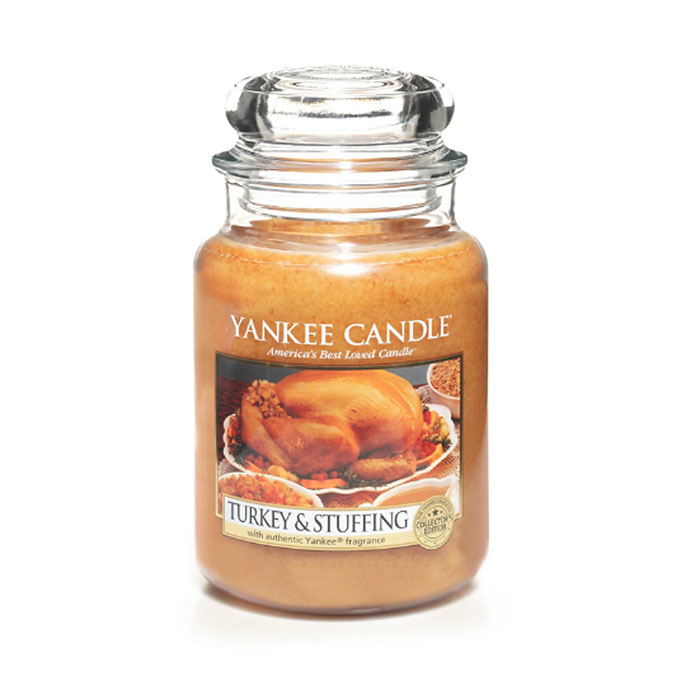7 Scented Candles That Smell Like Thanksgiving Dinner