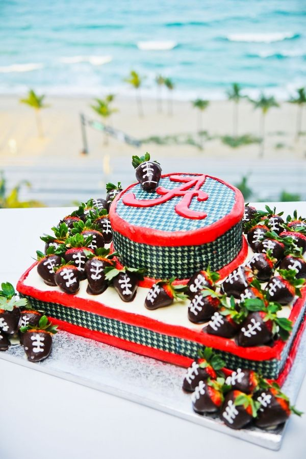 University of Alabama Grooms Cake