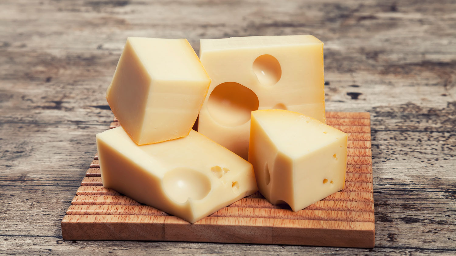 Wisconsin official state dairy product cheese